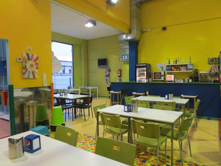 Cafetería para as mamás e papás